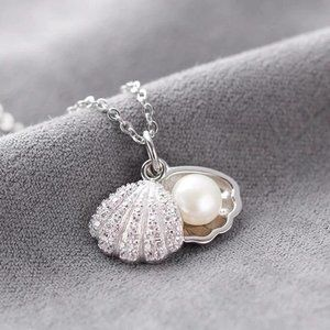 NEW 925 Sterling Silver Pearl Shell Necklace